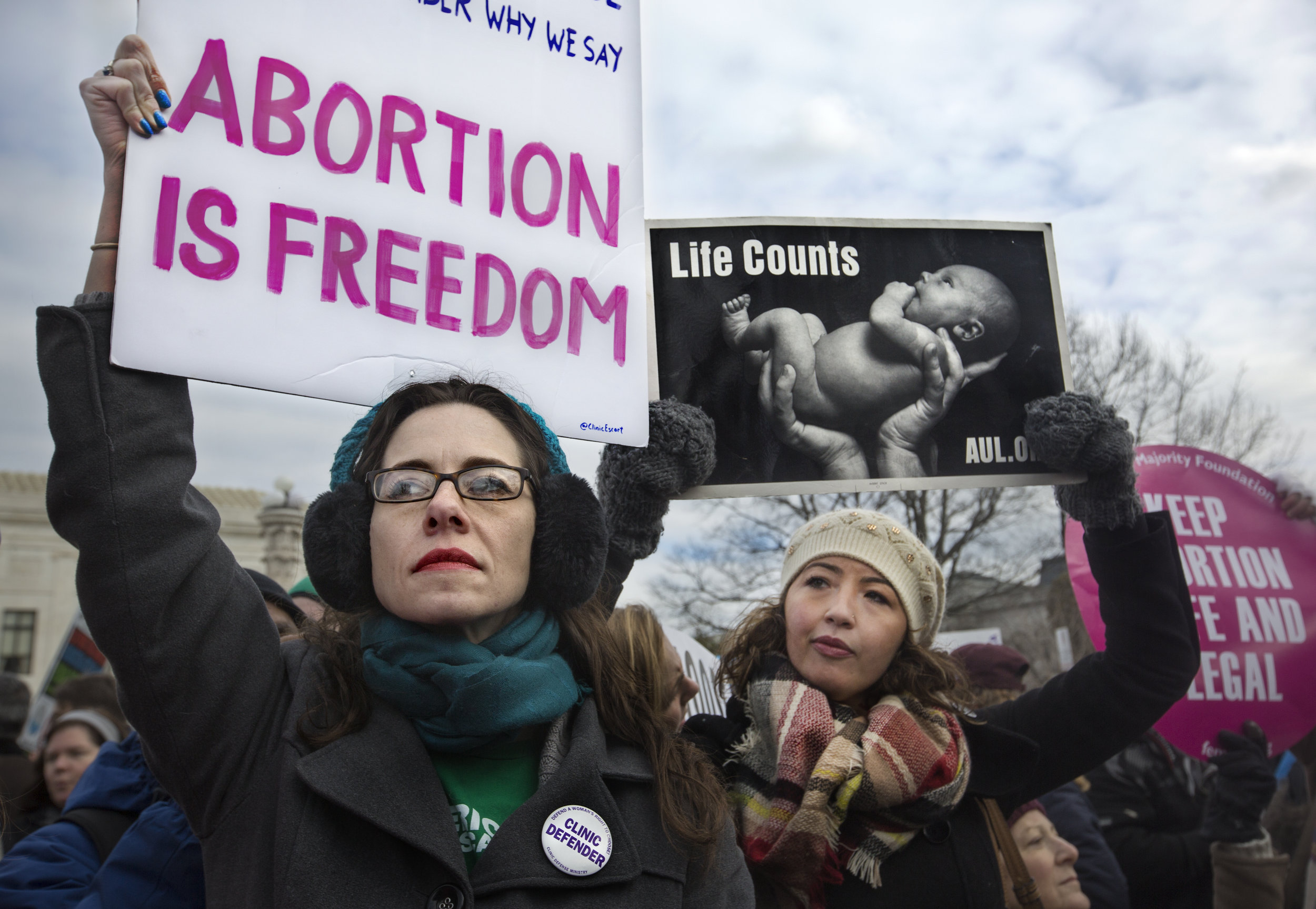 Pro-choice and anti-choice demonstrators protest outside the Supreme Court during the annual March for Life, held on the anniversary of Roe v. Wade in Washington, DC.