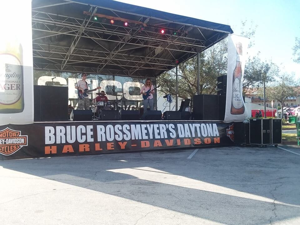 Alex Ivanov w/ Three Link Society at the Saints and Sinners Stage at Bruce Rossmeyer's Harley-Davidson!