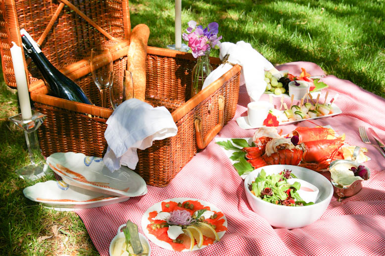 """The festival equivalent of a gourmet picnic"" [Nancy Kerr and James Fagan]"