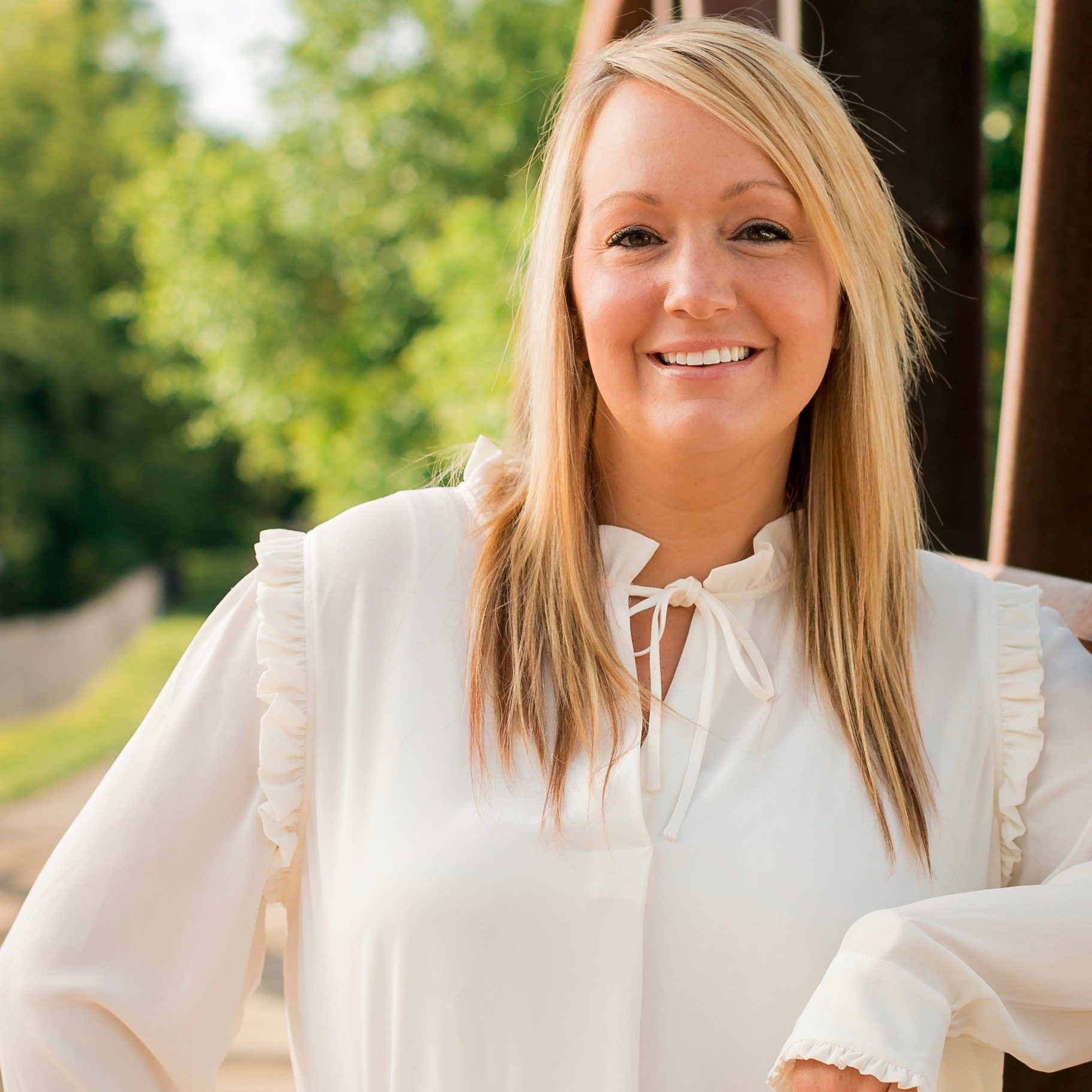 """JESSICA   Jessica has been in the orthodontic field since 2001. She began as a clinical assistant and is now a treatment coordinator. """"It's so amazing,"""" says Jessica, """"to see lives change through a smile. I am so blessed to be part of such an incredible milestone in people's lives. I love what I do, the people I work with at Griffin & Errera, and the many people we serve!"""" Jessica enjoys travel, hot yoga, spin, and most of all, being at home with her husband, son and fur babies."""