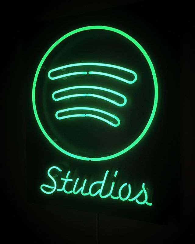 Got to drop in and check out @spotify studios last night with the @sortednoise crew. It was pretty cool.