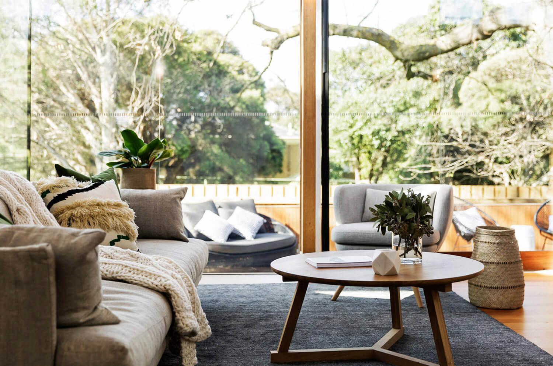 Designed by:Andrew Mellios of  AM Architecture  | Content via:  Est Living