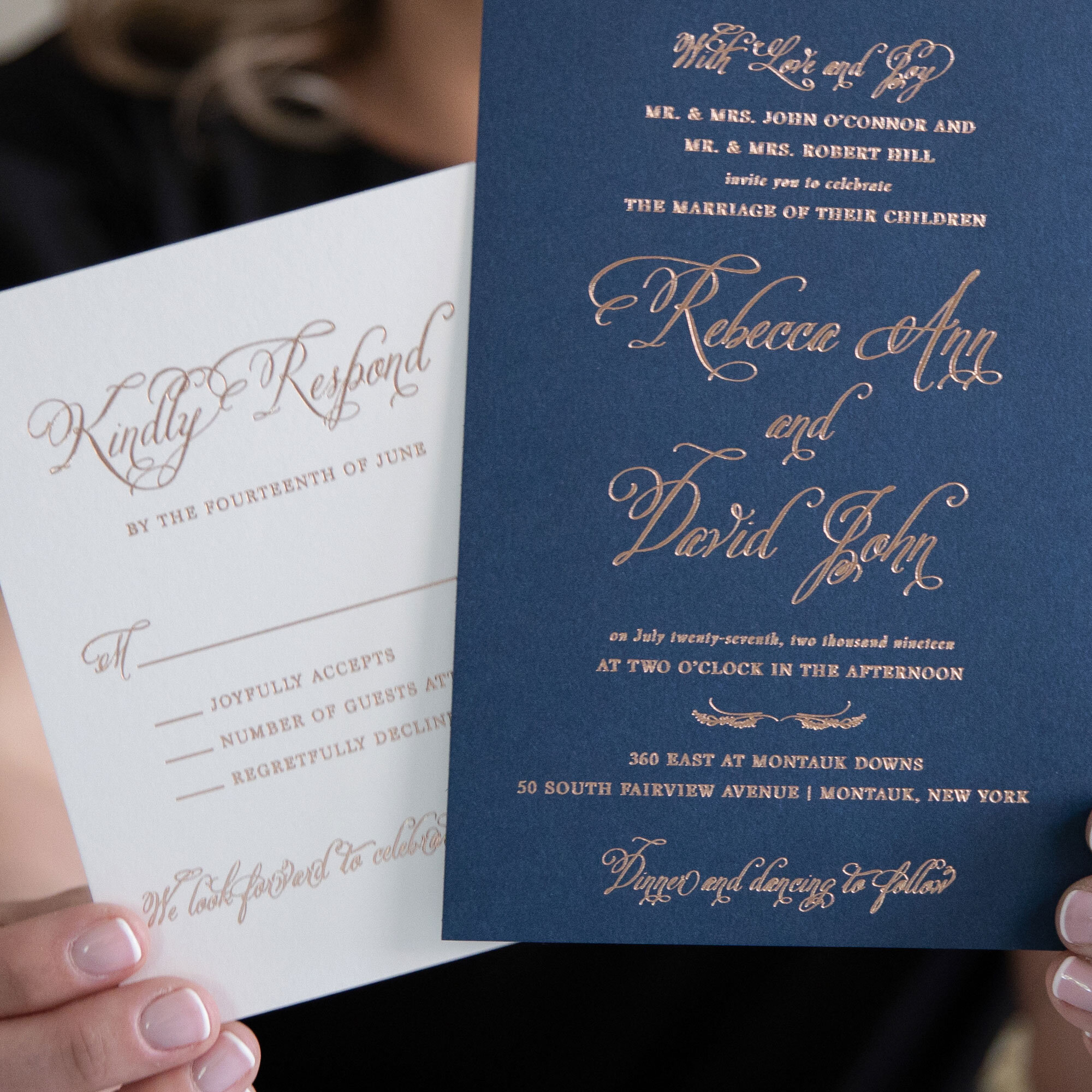 robedeedesign-weddinginvitations-rosegoldfoil-360east-montauk-newyork-jeanboucherphotography.jpg