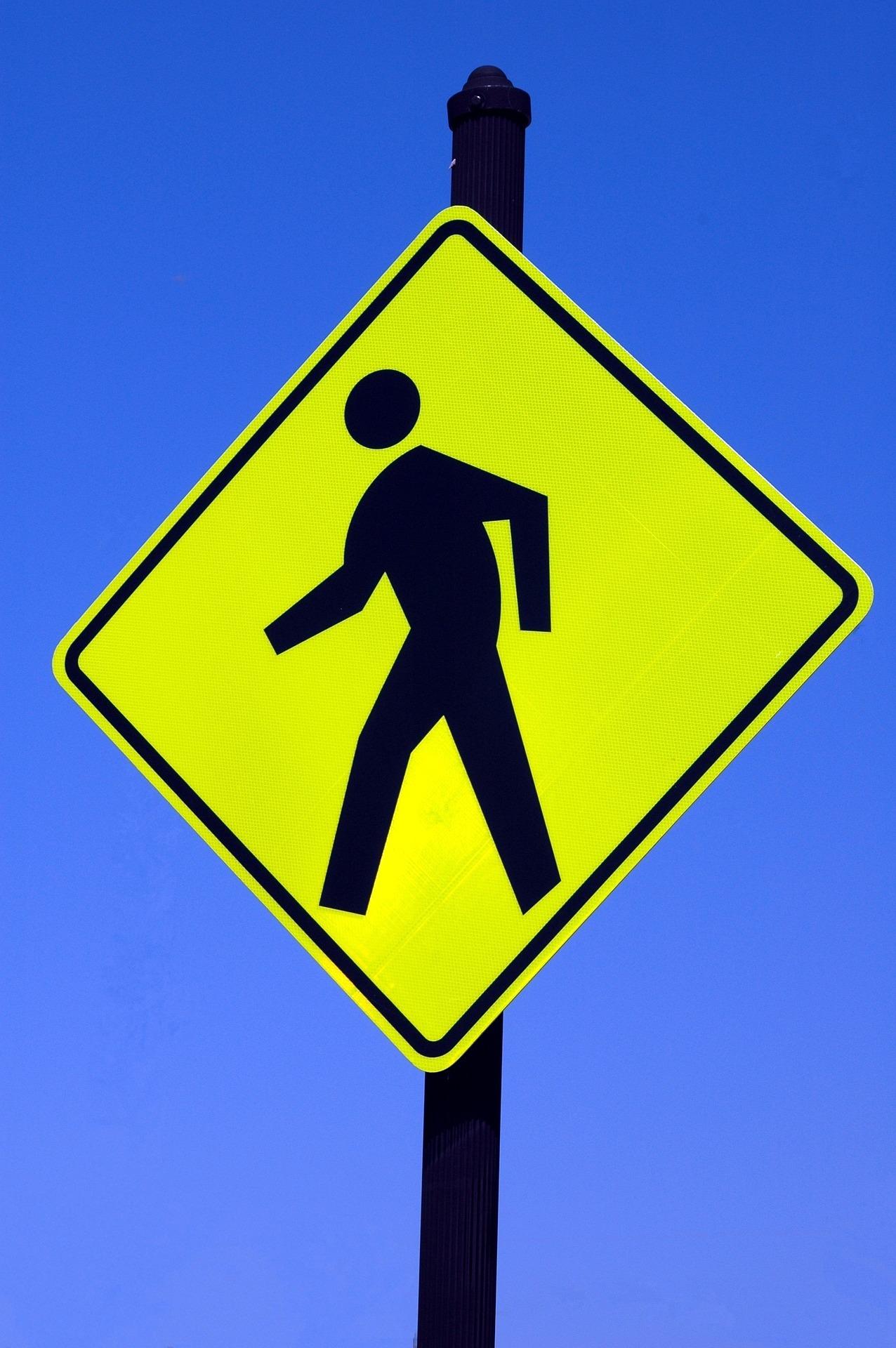 pedestrian-sign-1897335_1920.jpg