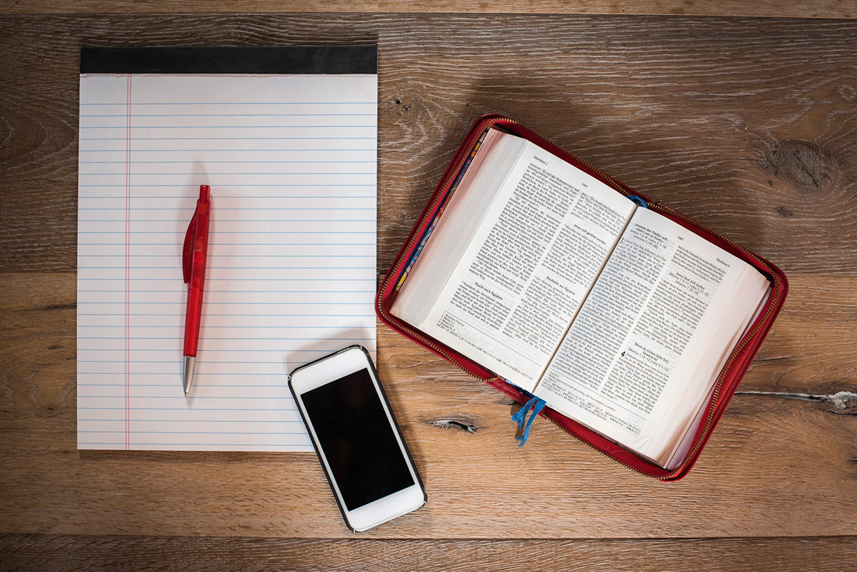 bible-notepad-phone.jpg
