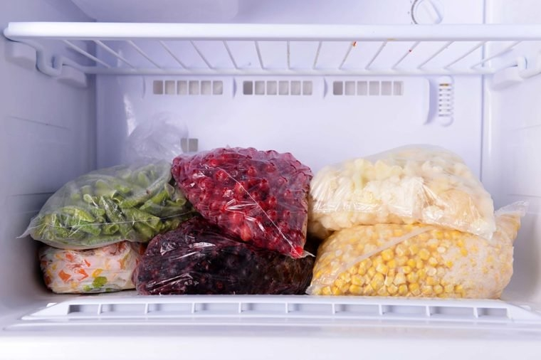 03_Refreeze_Myths-About-Frozen-Food-You-Need-to-Stop-Believing_274454063_Africa-Studio-760x506.jpg