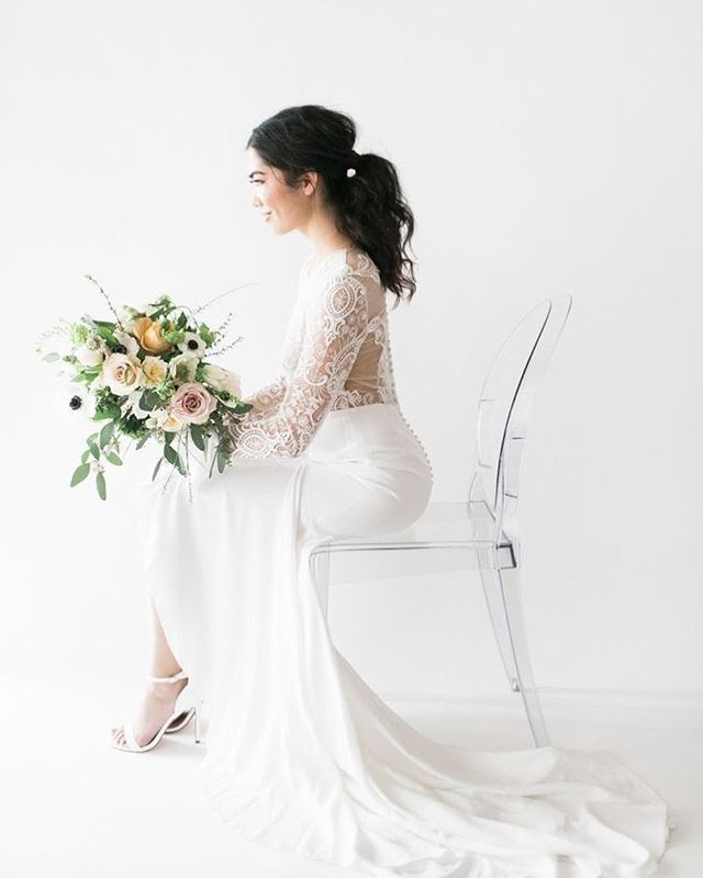 When you're looking for a simple, clean, white space with all natural light, we have both the studio & the suite for you to use! Bridal shoots, engagement, wedding, fashion, editorial, the options are endless.  #thestudiohtx