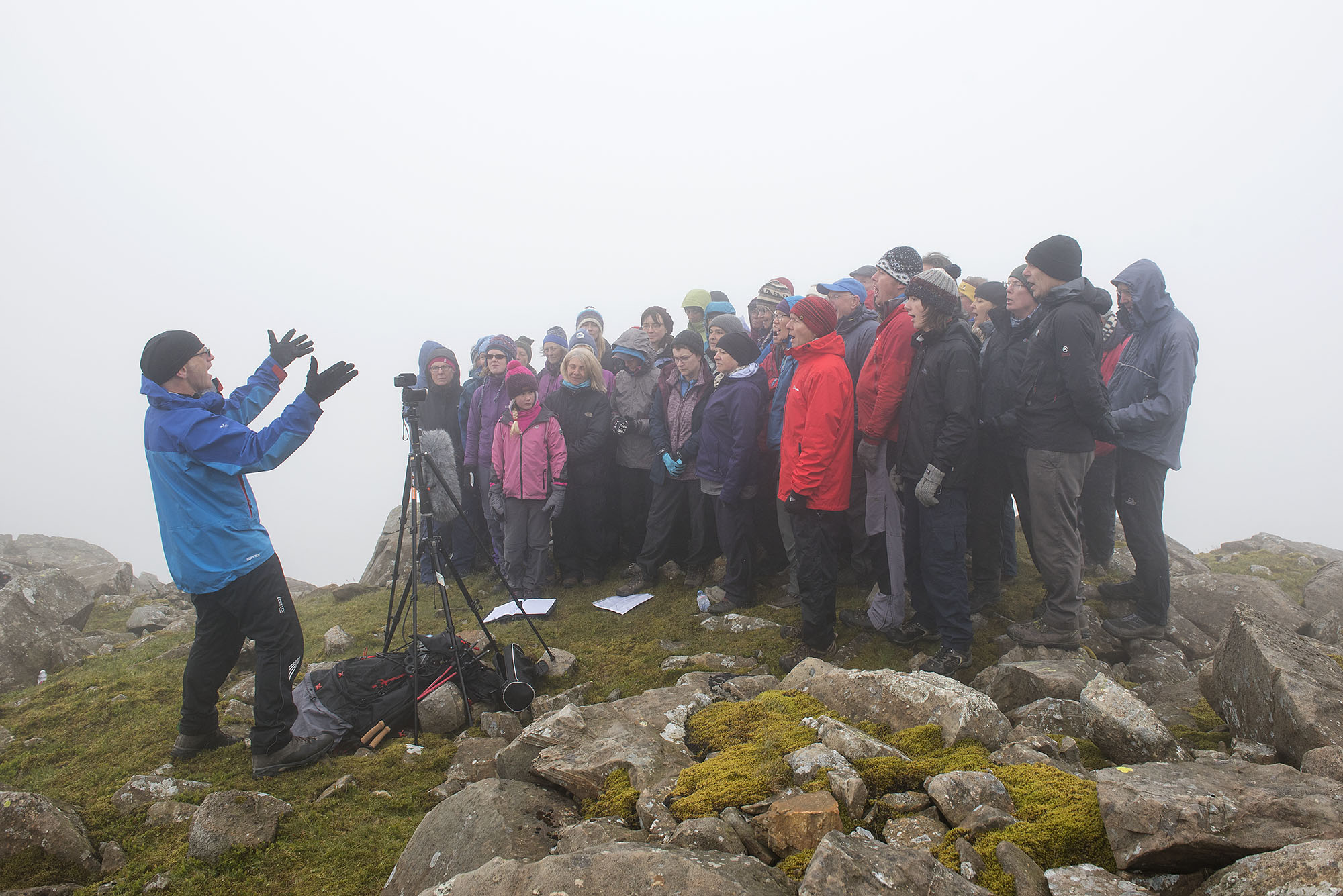 Singing Above Dropping Crag, Scafell Pike 2 ds.jpg