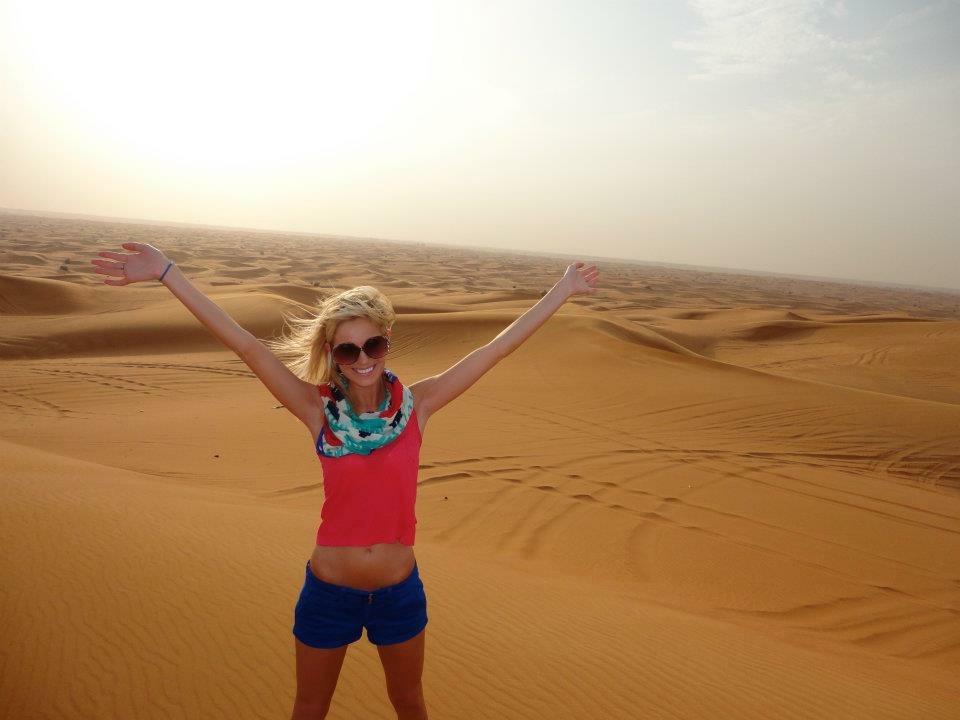 Travel Blogger Katy Johnson in the Sahara's