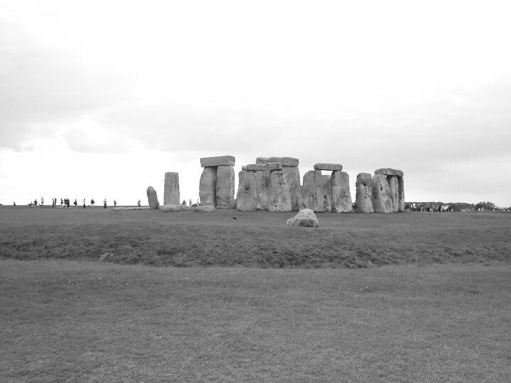Travel Blogger Katy Johnson at Stonehenge