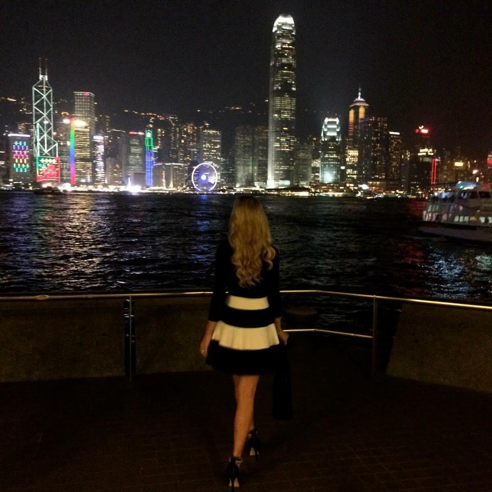 Travel Blogger Katy Johnson does Hong Kong at night.