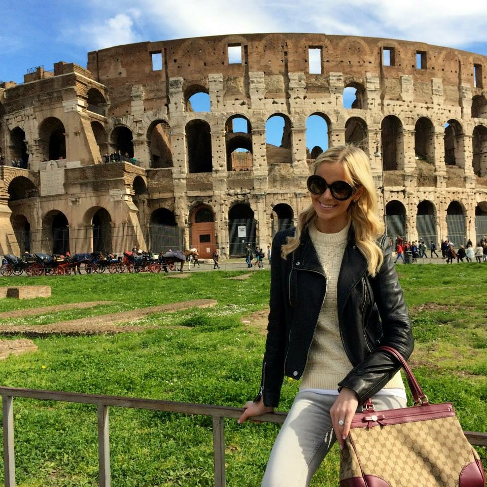 Travel Blogger Katy Johnson visits the Coliseum in Rome.
