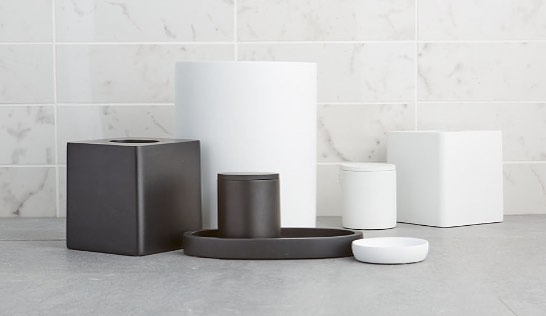Bringing a modern feel to any bathroom with our new Cortland ⚫️&⚪️ matte collection!! #WeAreParadigm