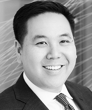 VINCENT GIANG   LAWYER