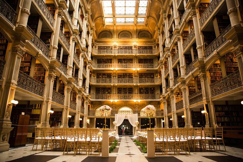 baltimoreweddingvenueGeorge+Peabody+Library+Wedding.jpg