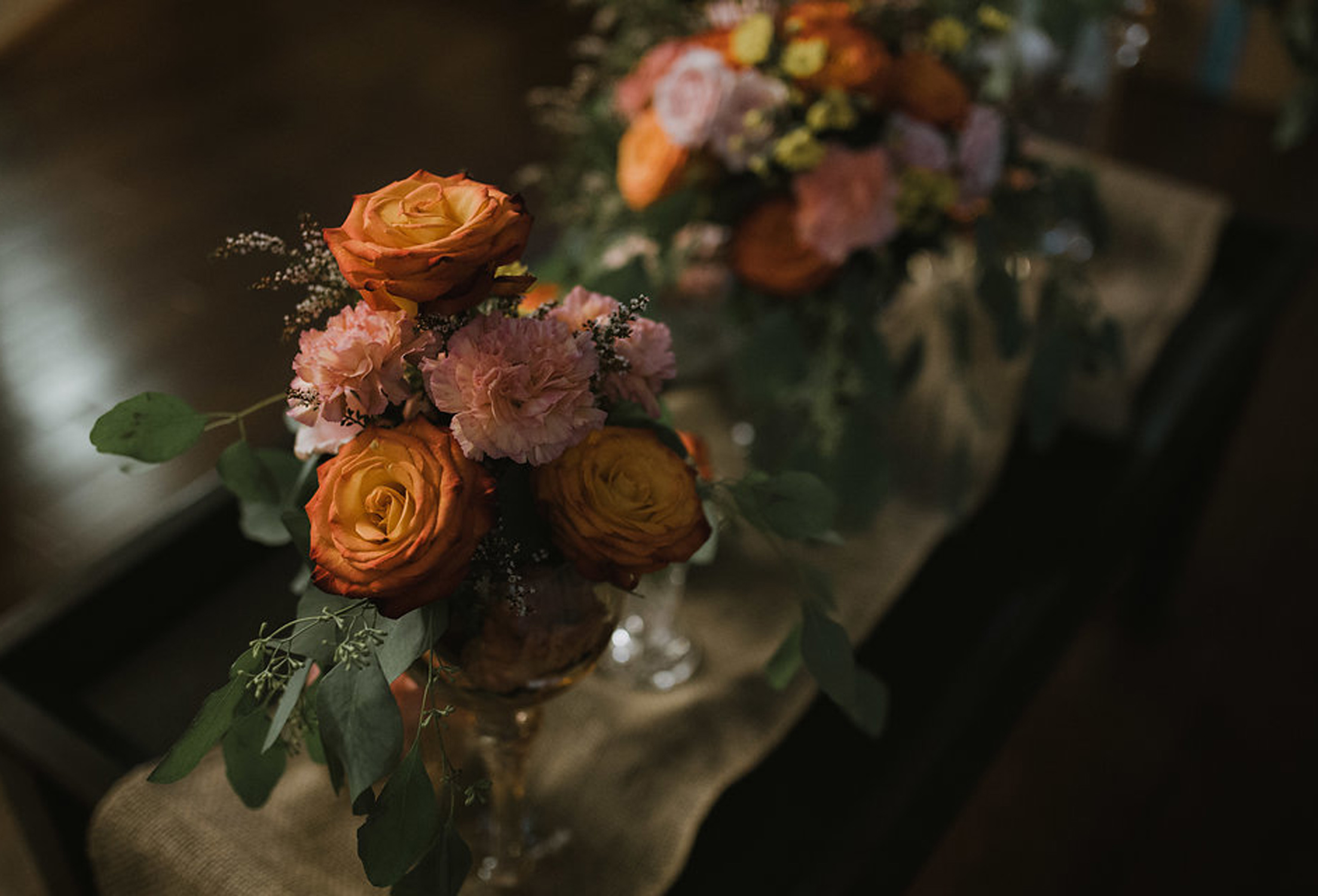 Boho tablescape - fresh flowers