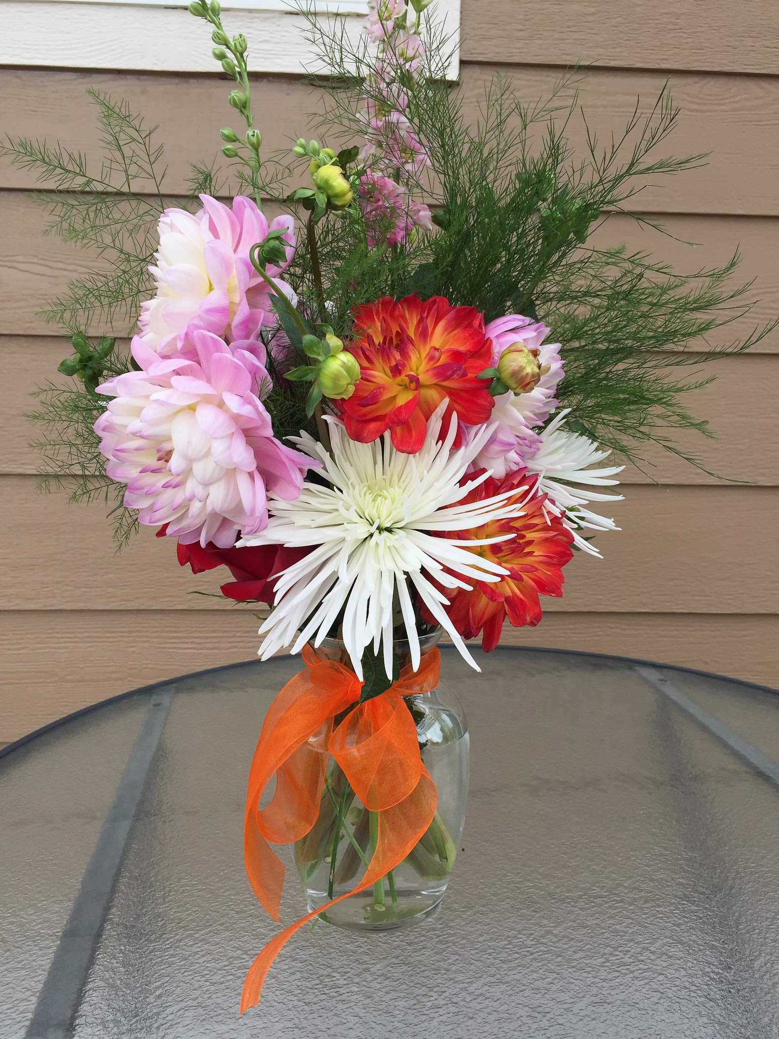 table centerpiece for spring or summer event - fresh flowers