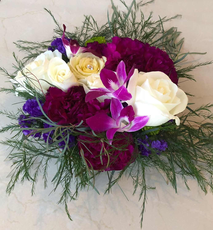 low profile vase arrangement for table centerpieces or accent decor - fresh flowers