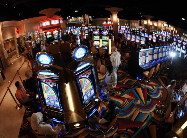 2crks-casino-replace.jpg