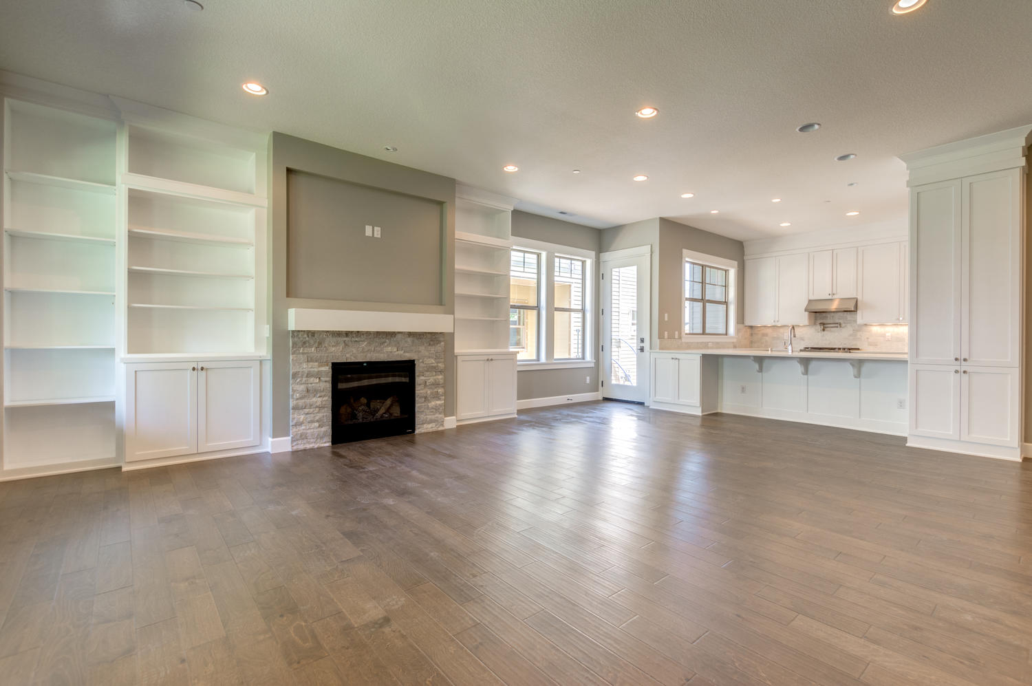 great room with built ins, Camas