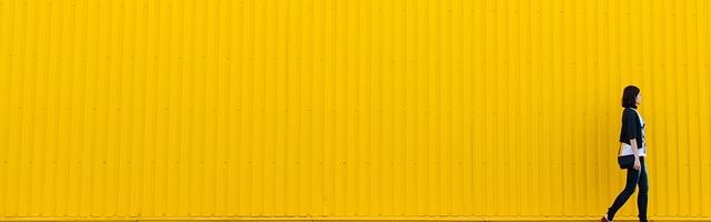 yellow-926728_640.jpg