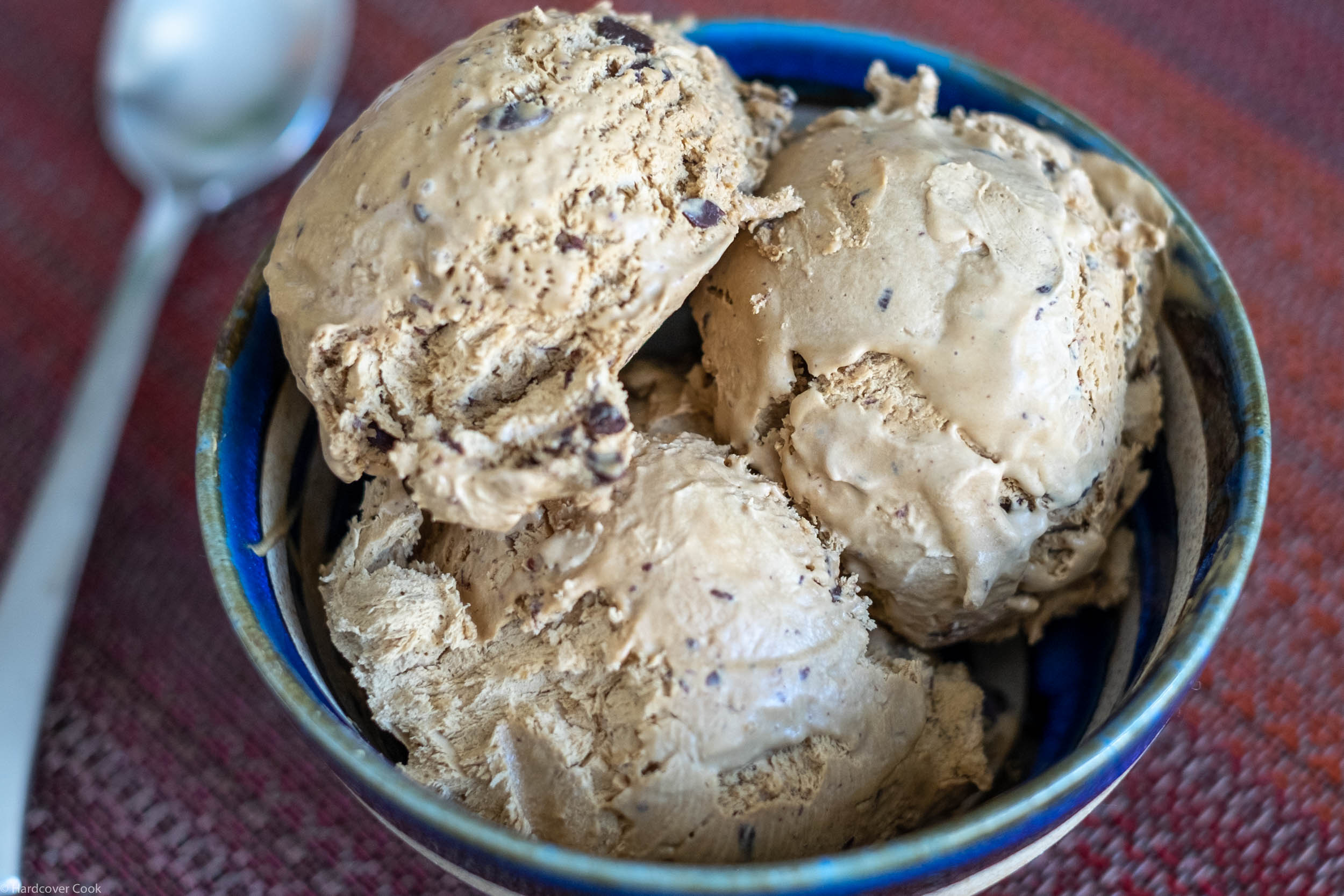 Here's my attempt of the Coffee and Chocolate Ice Cream variation.