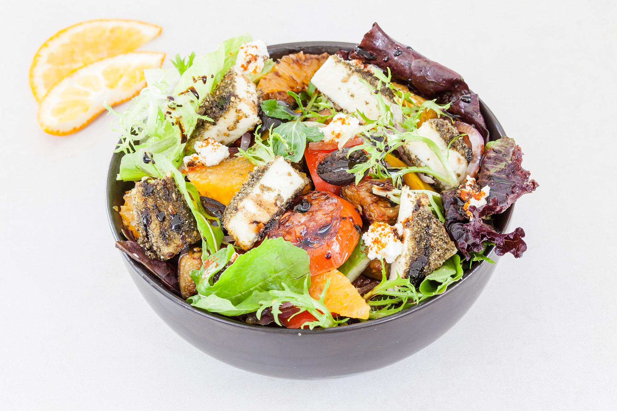 _16FM03272_Za'atar Crusted Cottage Cheese Salad - 365 kcal (Veg).jpg