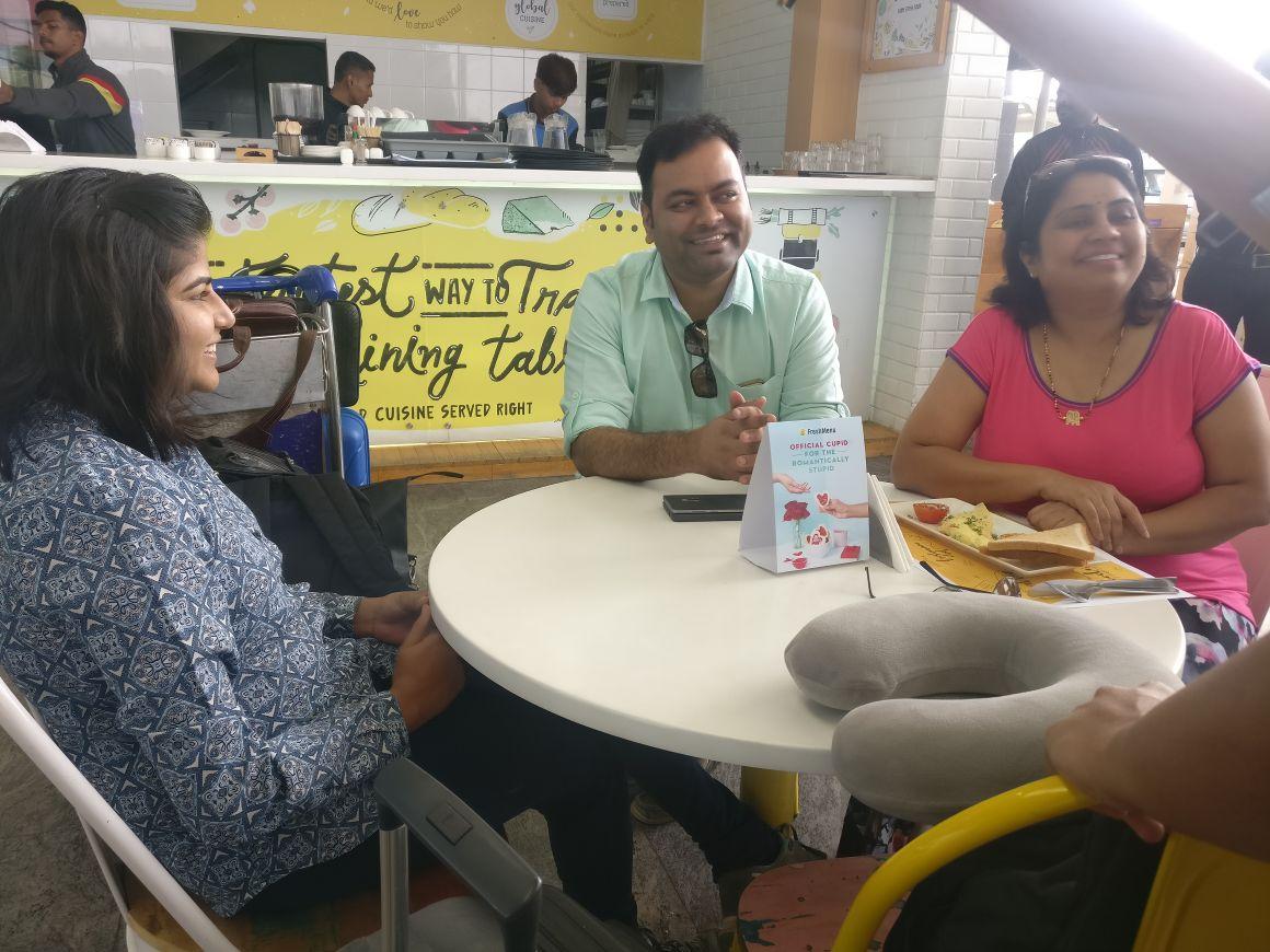Aarti and Divya (Bangalore).jpg