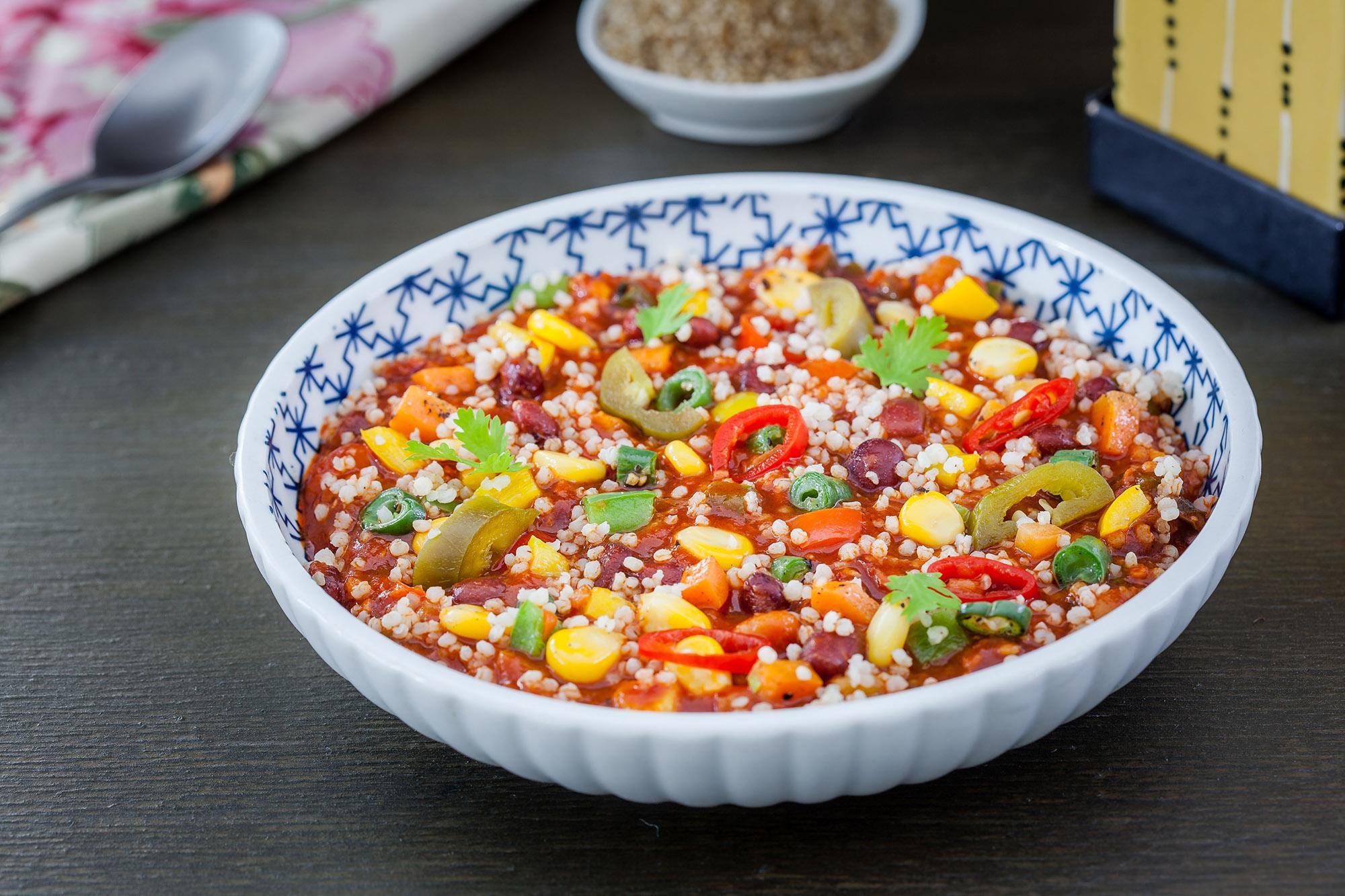 _17FM08975_Red Bean Millet Chilli with Garlic Toasts (Veg) (1).jpg