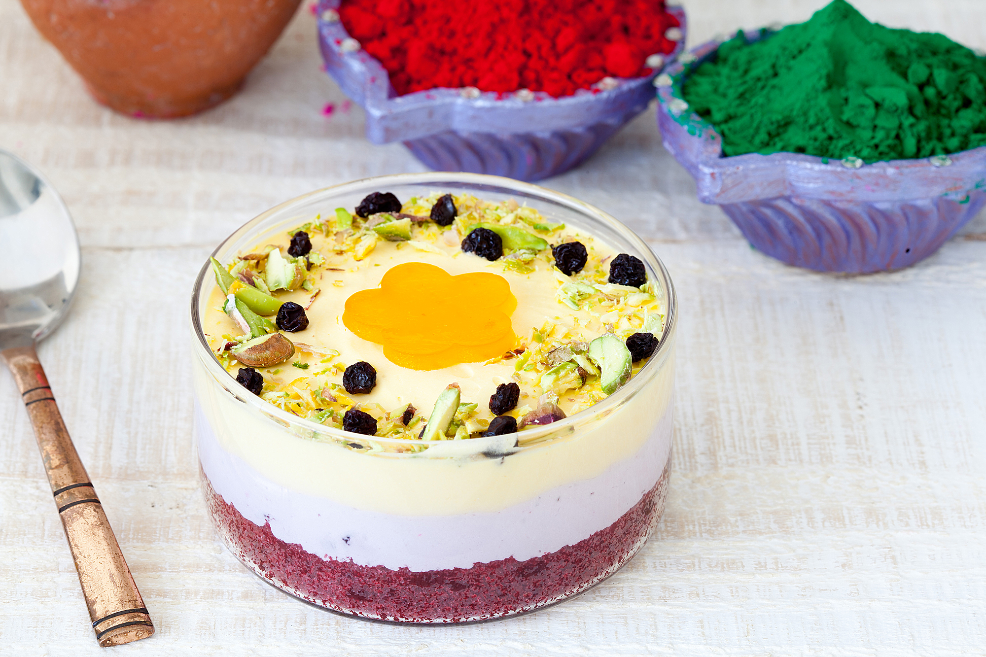 _18FMIMG_Mango Blueberry Mousse (Eggless).JPG