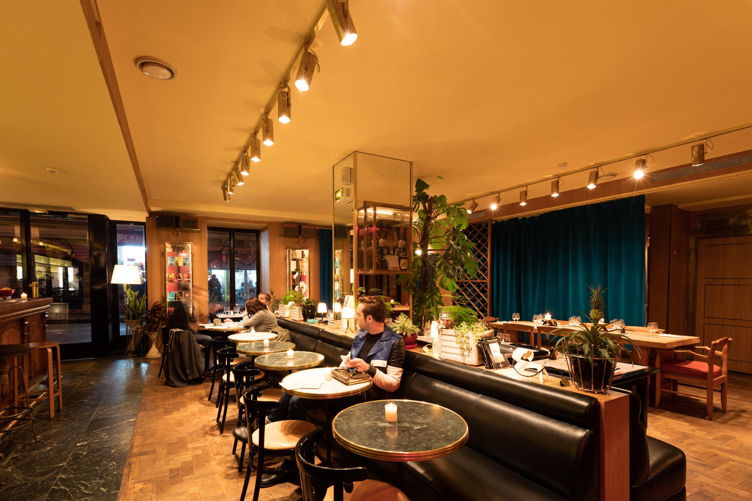 Restaurant-GrandAmour 3.jpg