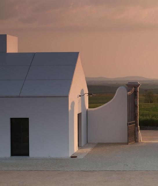 torre-de-palma-architecture-entrance-landscape-sundown-k-01-x2.jpg