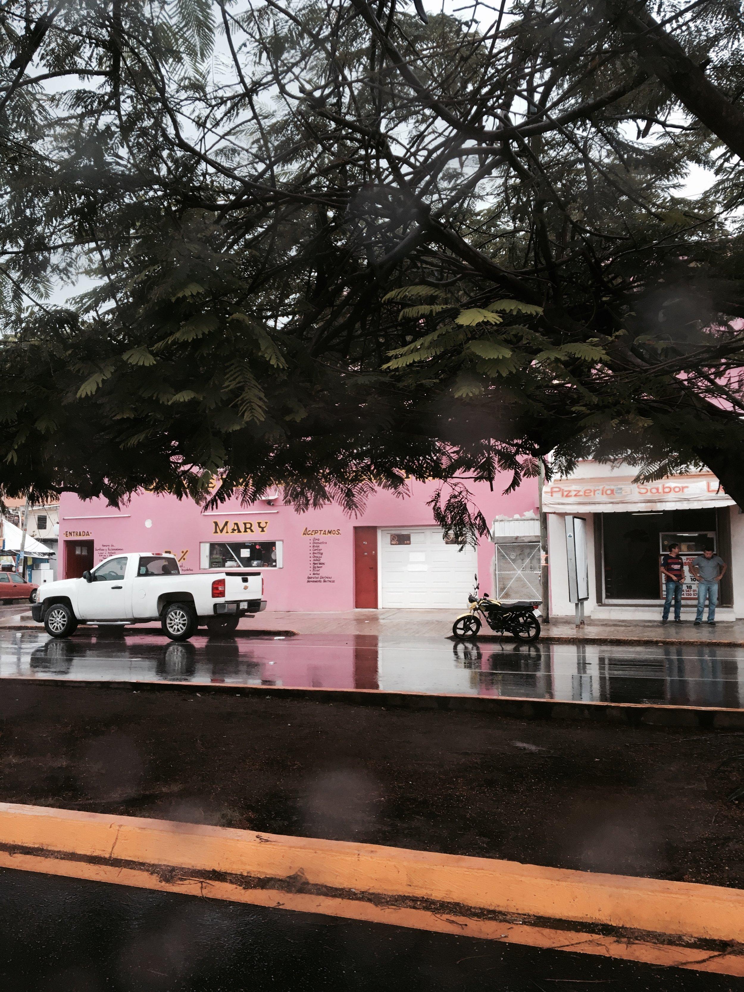 HOTEL_WEEKEND_NATALIA_ZAPATA_BACHELORETTE_MEXICO32.jpg