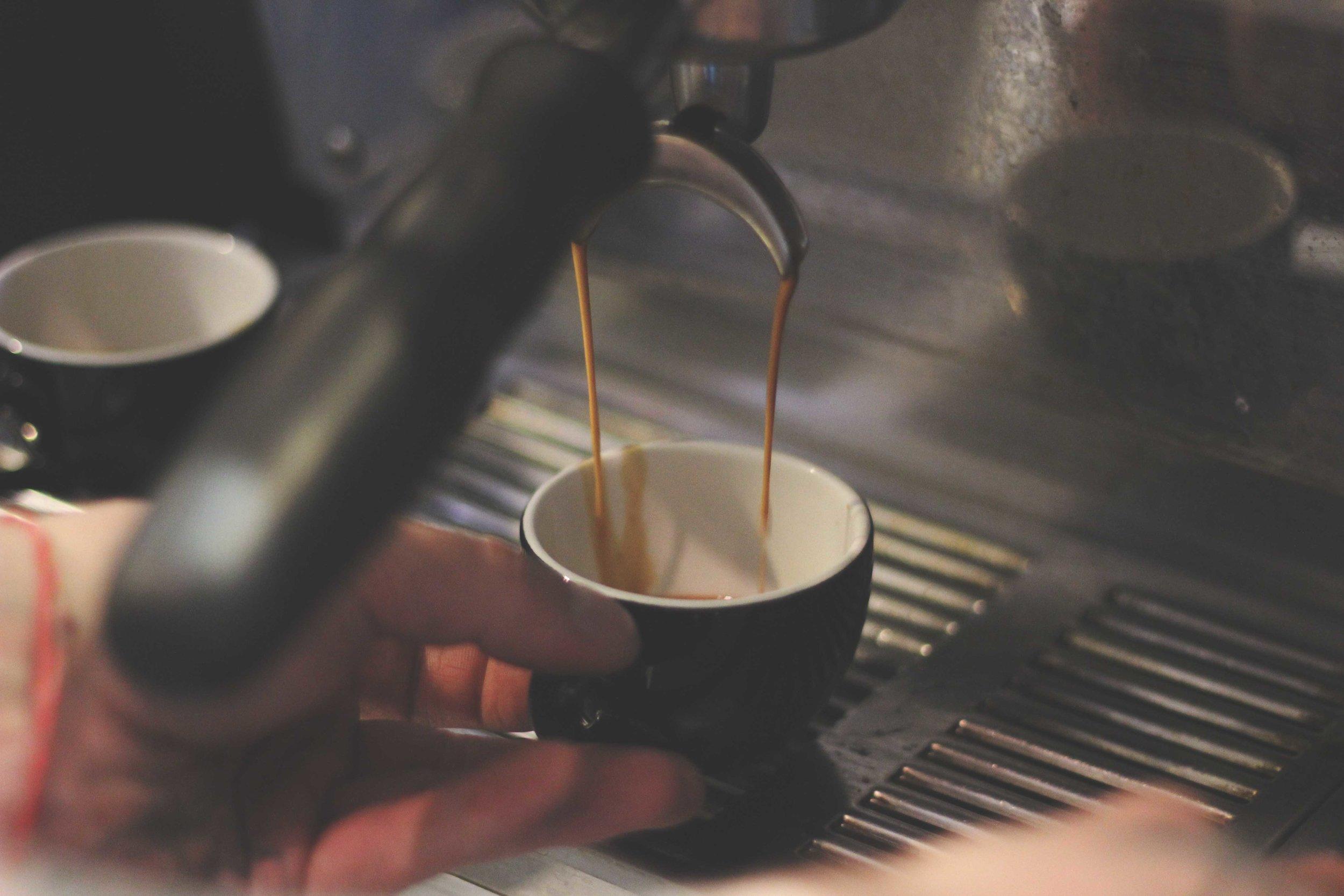 Jordan_Bunker_talking_coffee_with_South_Coast_Roast_2.jpg