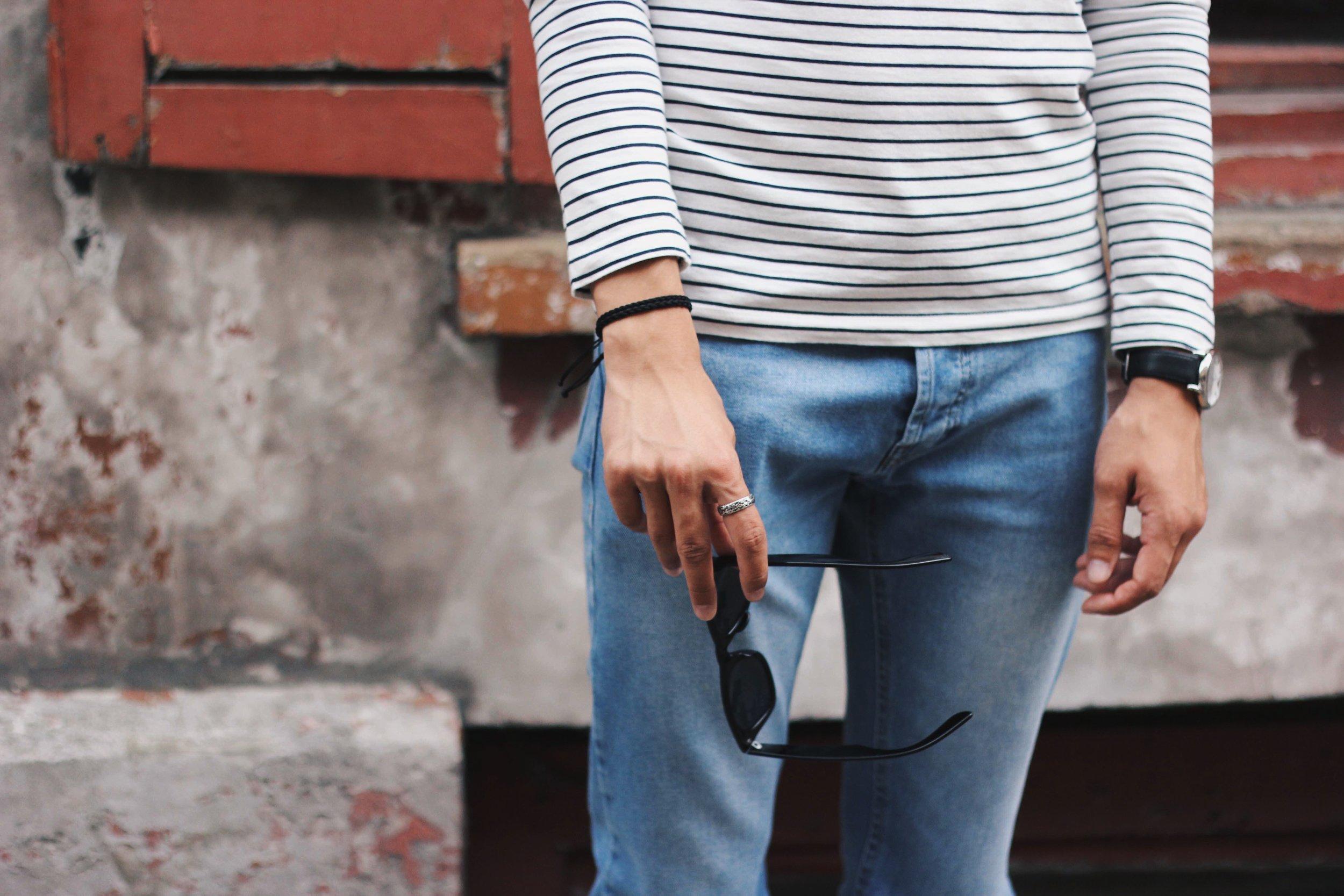 Jordan_Bunker_stripey_tees_ripped_jeans_2.jpg