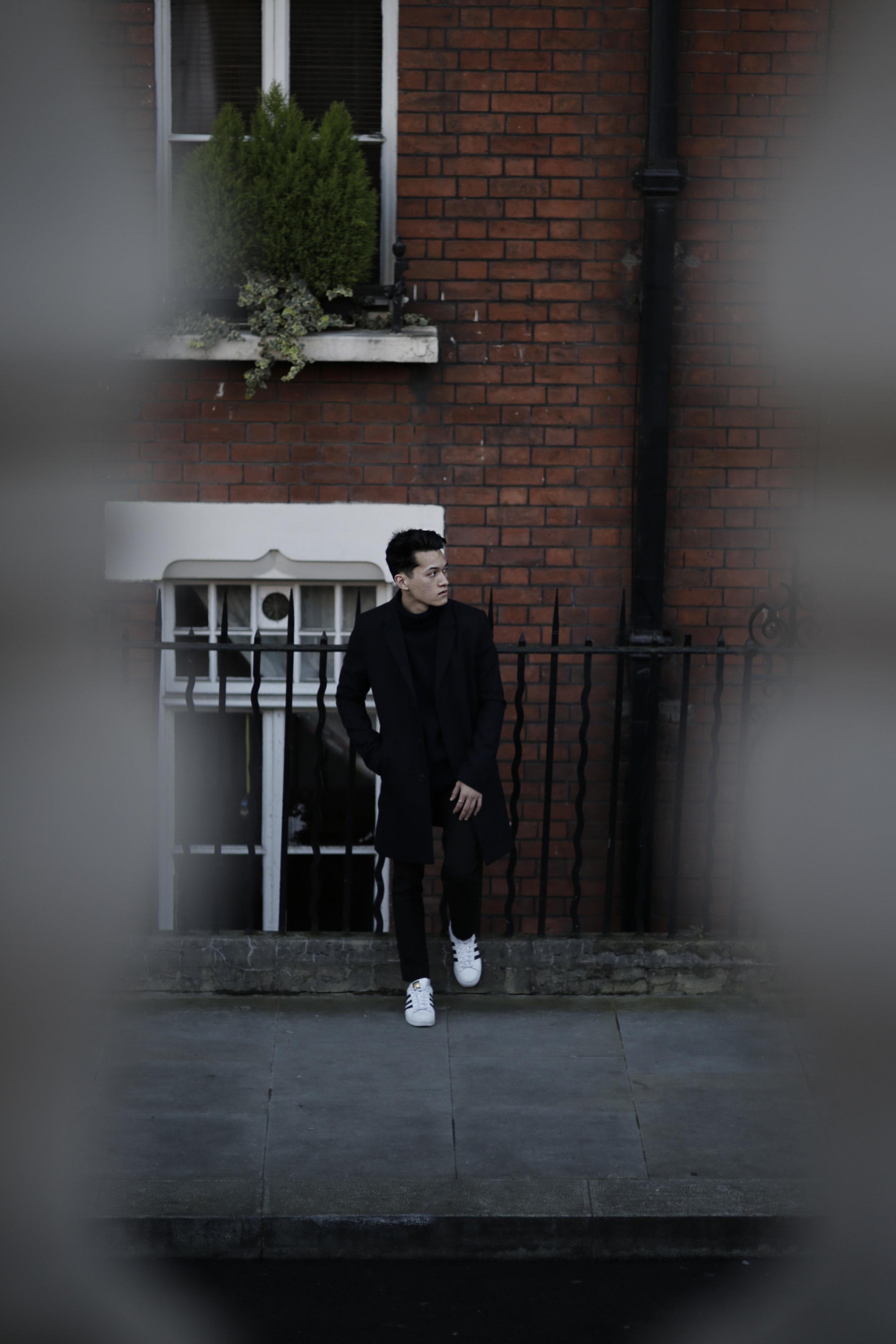 Jordan_Bunker_navy_london_strolls_9.jpg