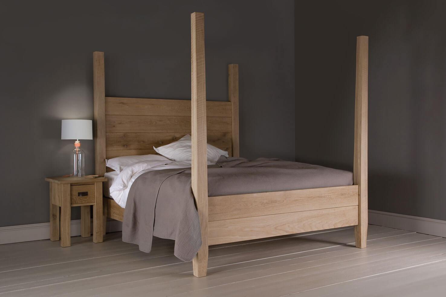 poets-oak-bed-1_1.jpg