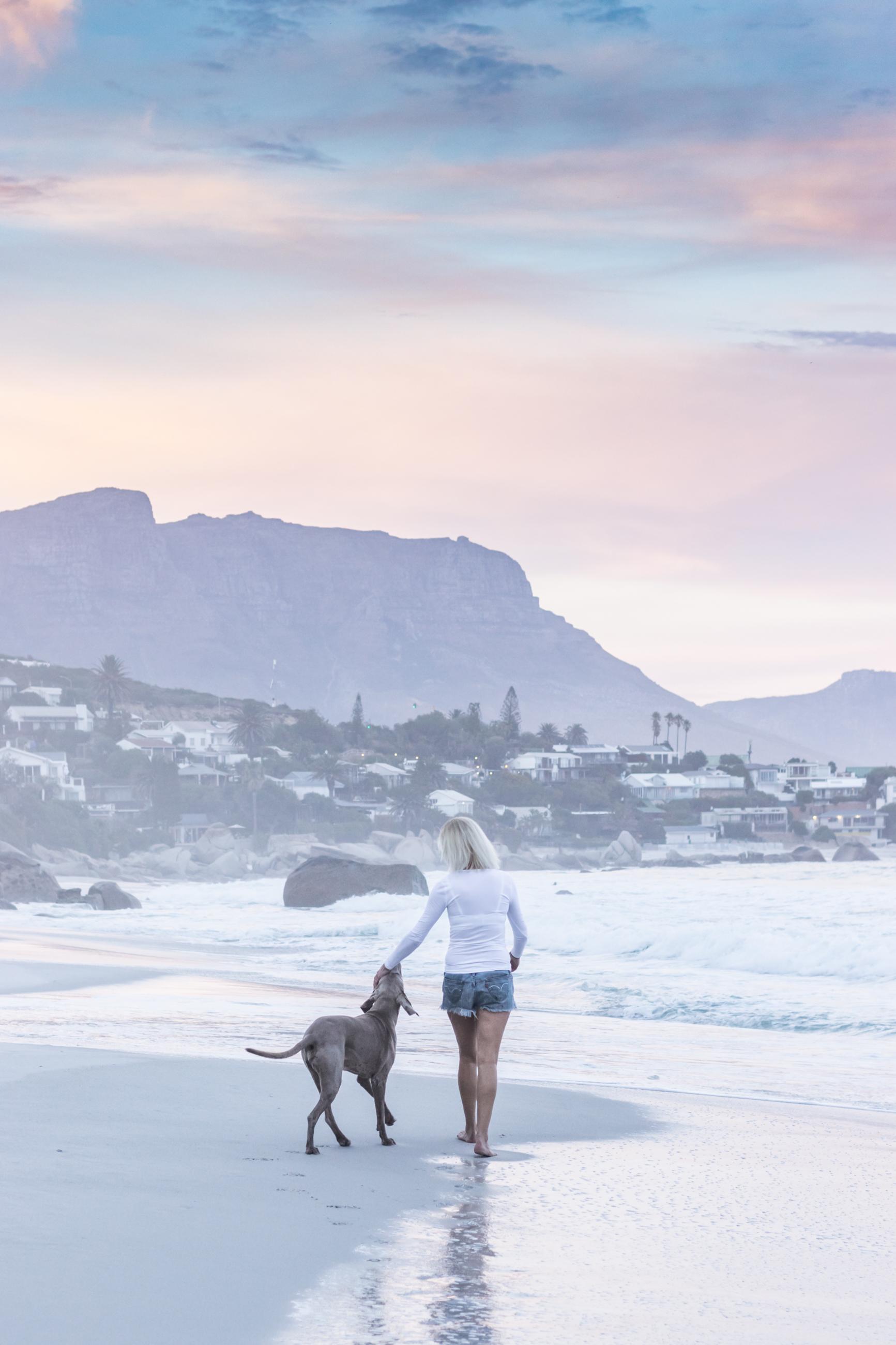 Toni & Jasper Sunrise on the beach 2, May 2018 - Hi-res -  Ken Treloar Photography-34.jpg