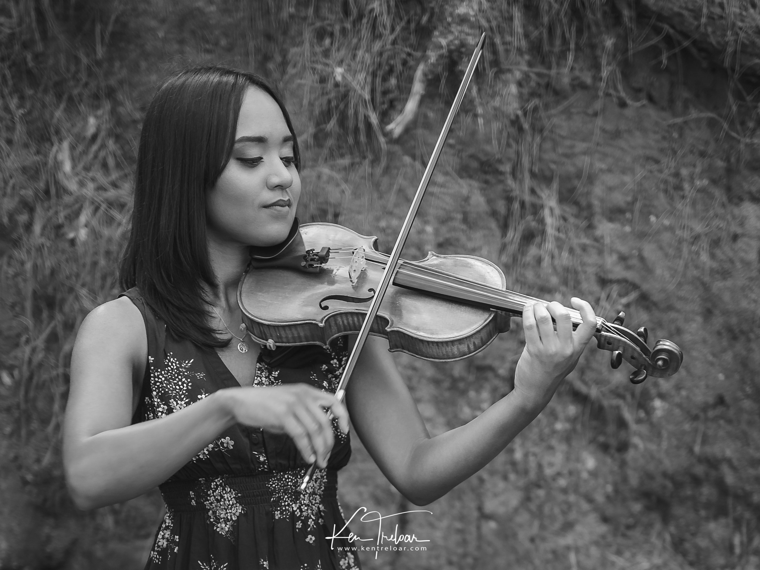 Ken Treloar Photography - Dec 2018 - Violin Woodland Forest Natural Light Portrait Photography - Cape Town-6.jpg