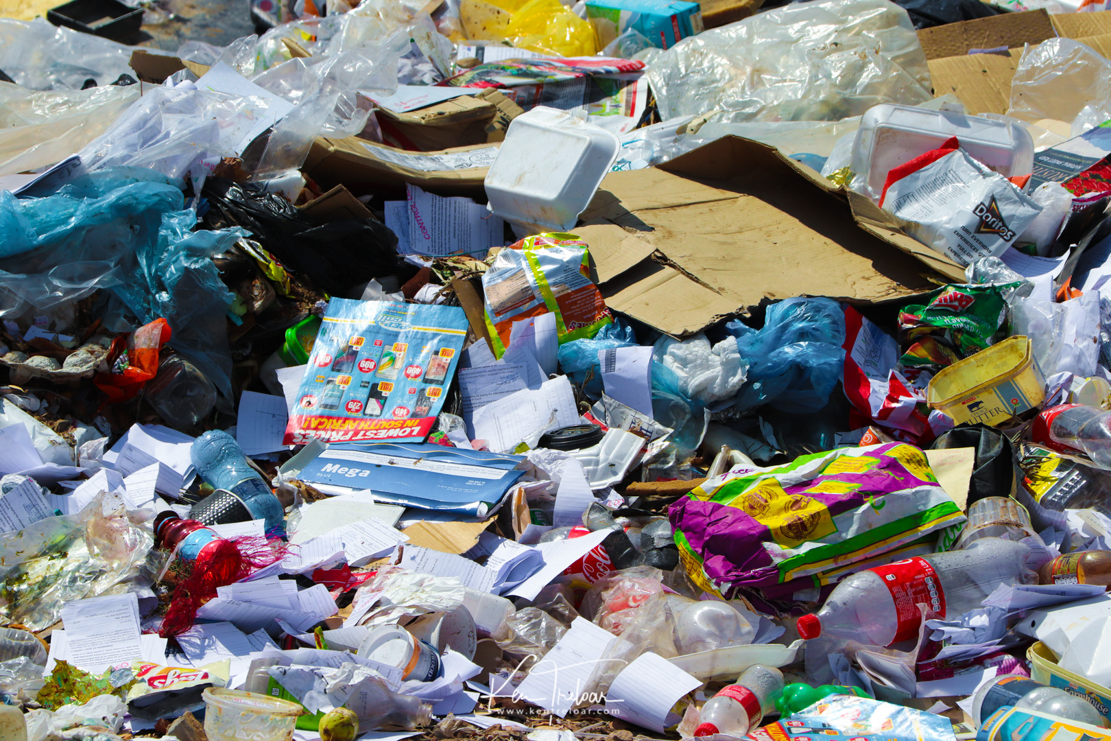 Ugly Plastic - Landfill South Africa Trash-4.jpg
