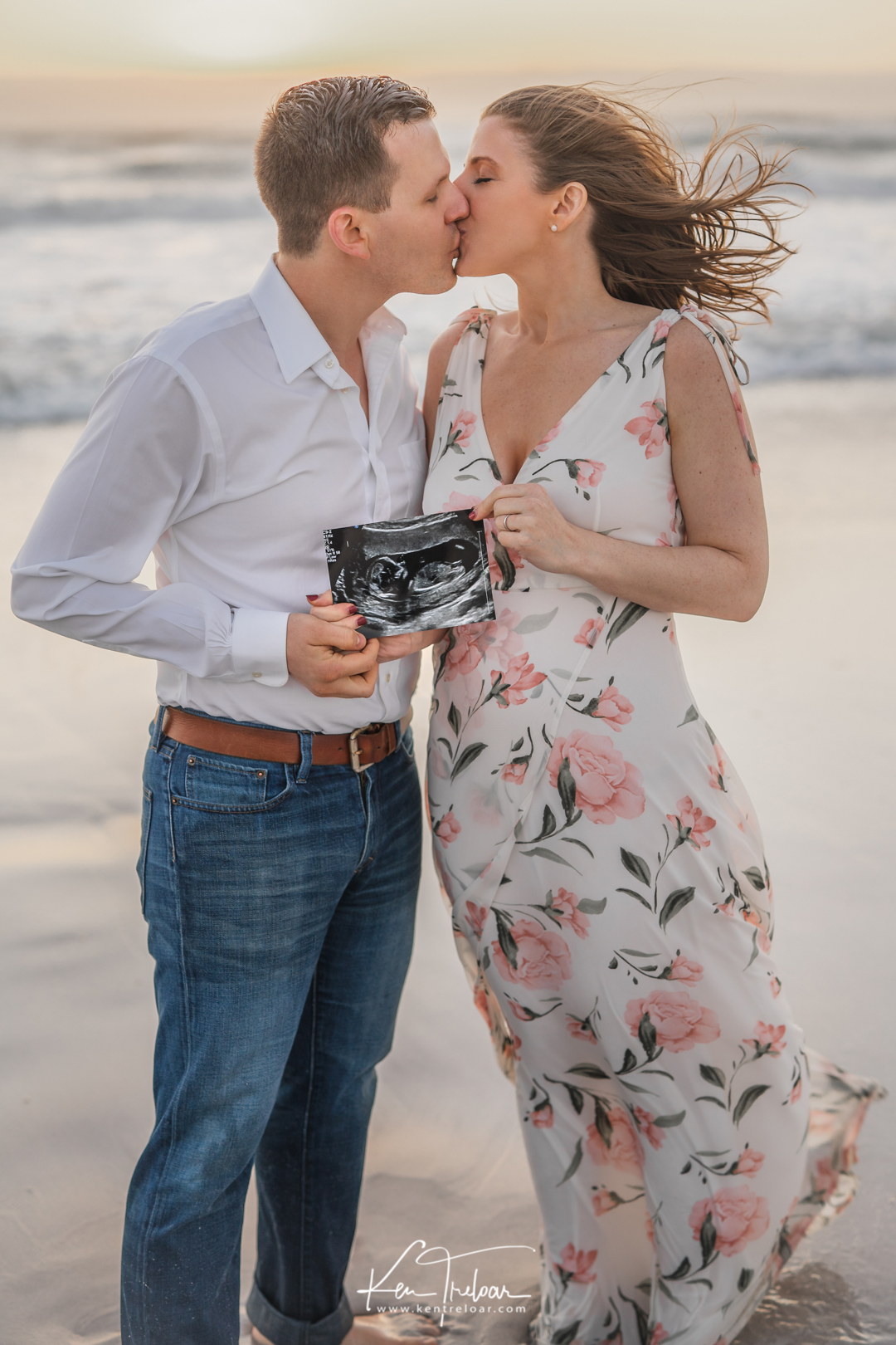 Cape Image Co. by Ken Treloar - Couples Baby Announcement photoshoot cape town baby bump photography-4.jpg