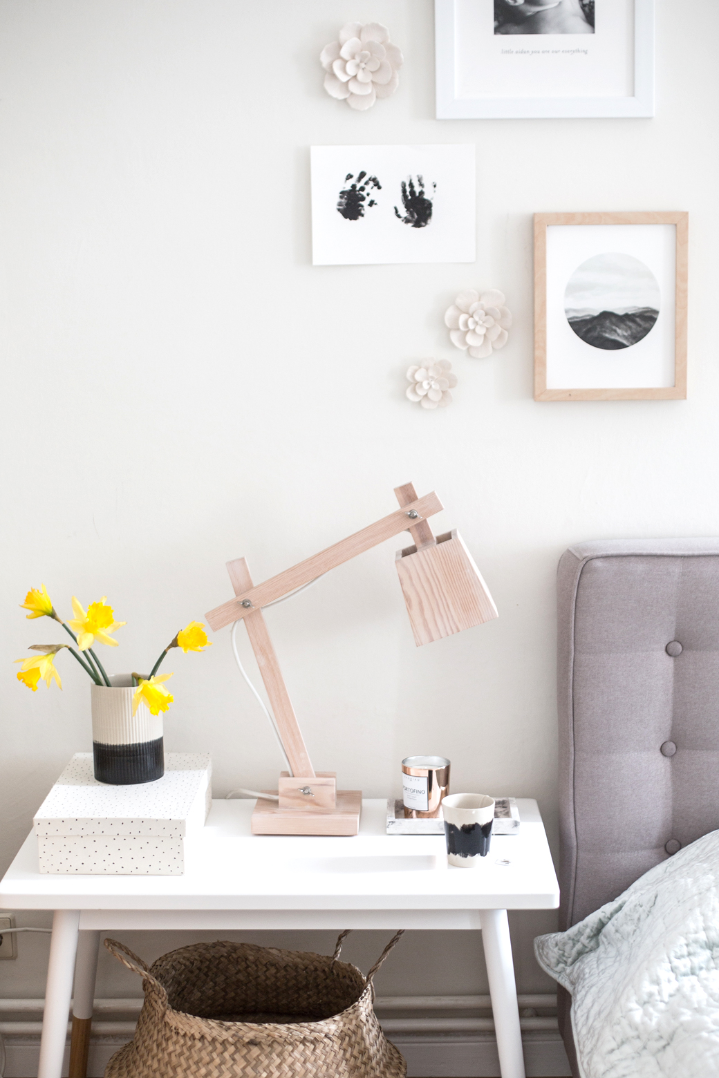 8 Ways To Decorate Your Bedside Table Decor8