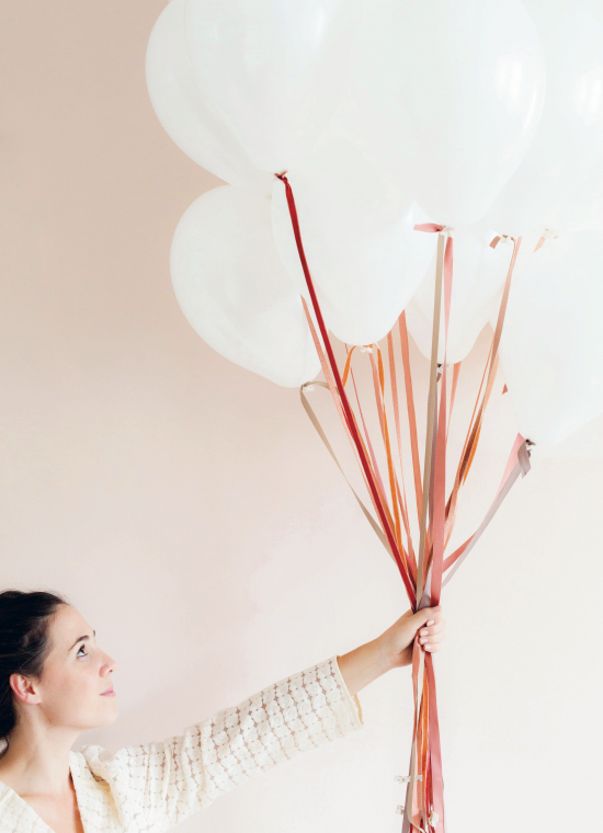 Decorate-for-A-Party-p1-photography-by-Holly-Becker-550x760.png