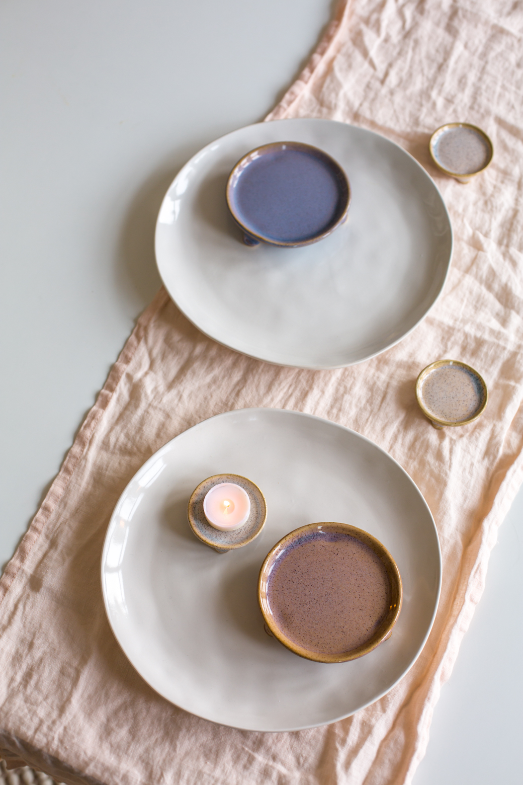 The little pottery pieces are perfect for tapas a dips or for tealights and pillar candles.