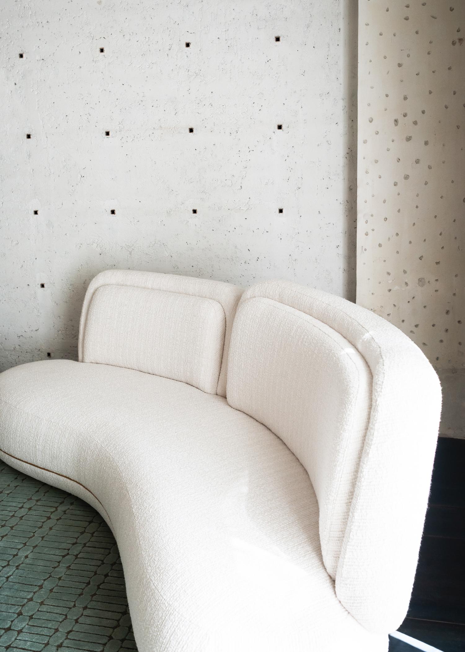 Oshun sofa