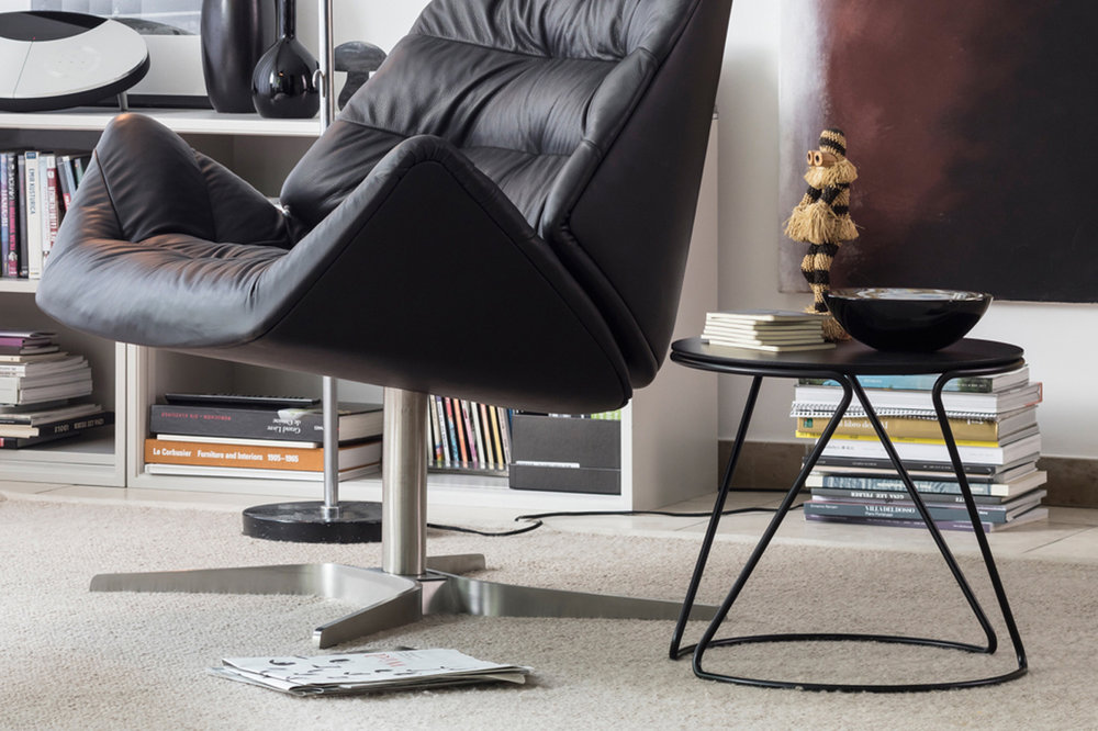 """OTHER FORMS OF LIVING PRIZE: Thonet side table """"S18"""""""