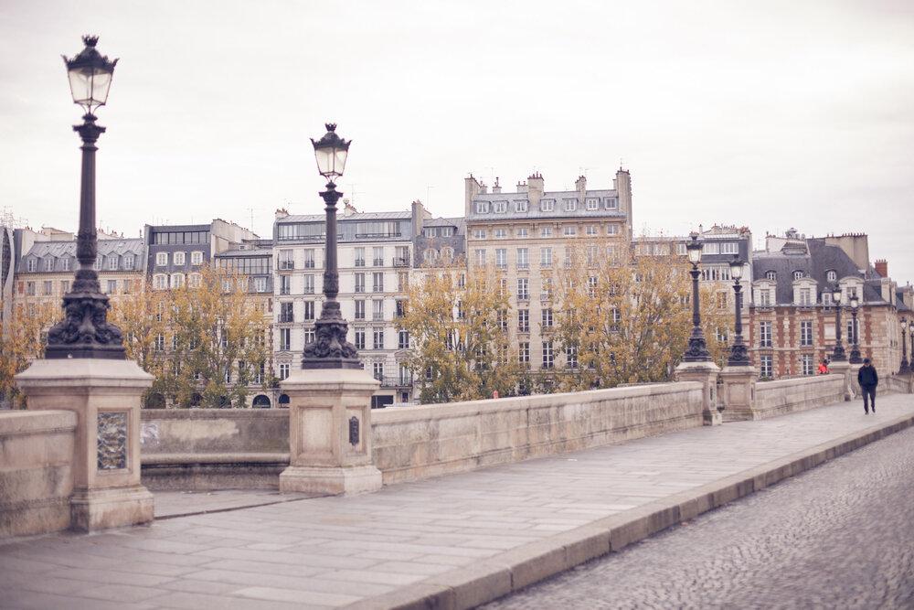 HOLLY in PARIS