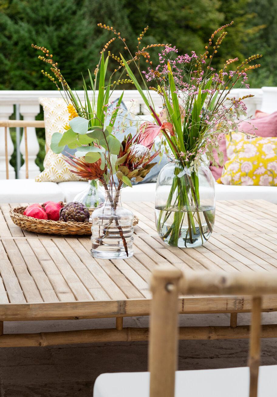 Closeup cottage coffee table 2x2 (1).jpg