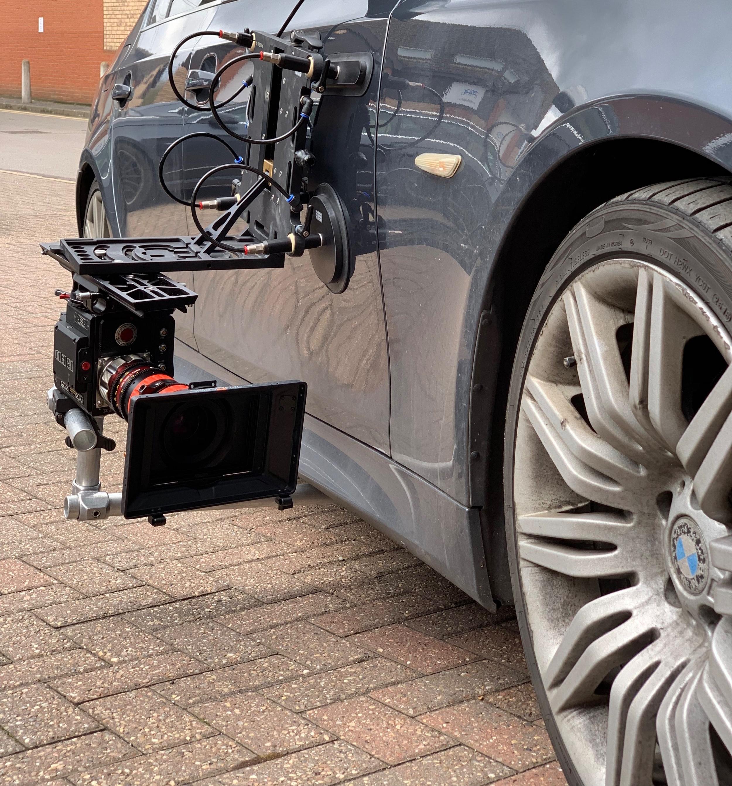 Black-Tek Camera platform - underslung for wheel shot
