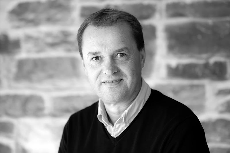 Knut Eikeland - Co-founder / Chairman Of The BoardStrategy and Business DevelopmentTEL: +47 909 77 018EMAIL: knut.eikeland@senseye.no